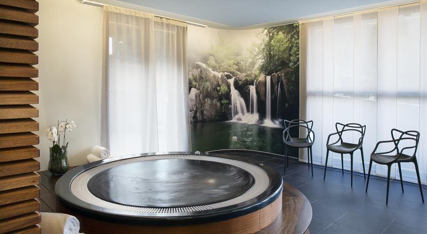 Best Western Plus Excelsior Chamonix Hôtel & Spa **** 6