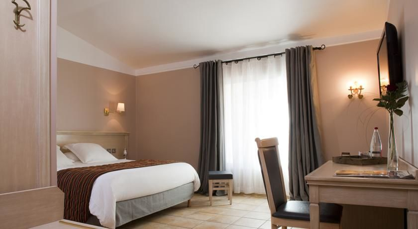 Hôtel Artea Aix Centre *** 13