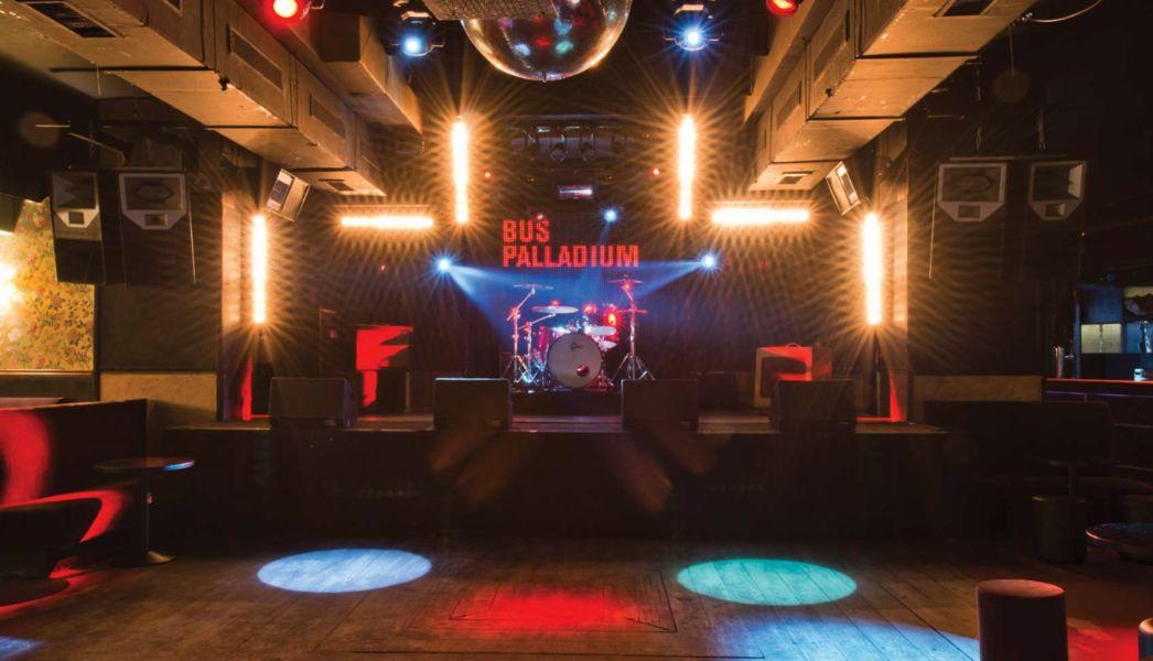 Bus Palladium Club