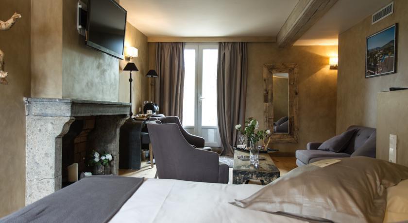 Charme & Business Hôtel Lyon **** 7