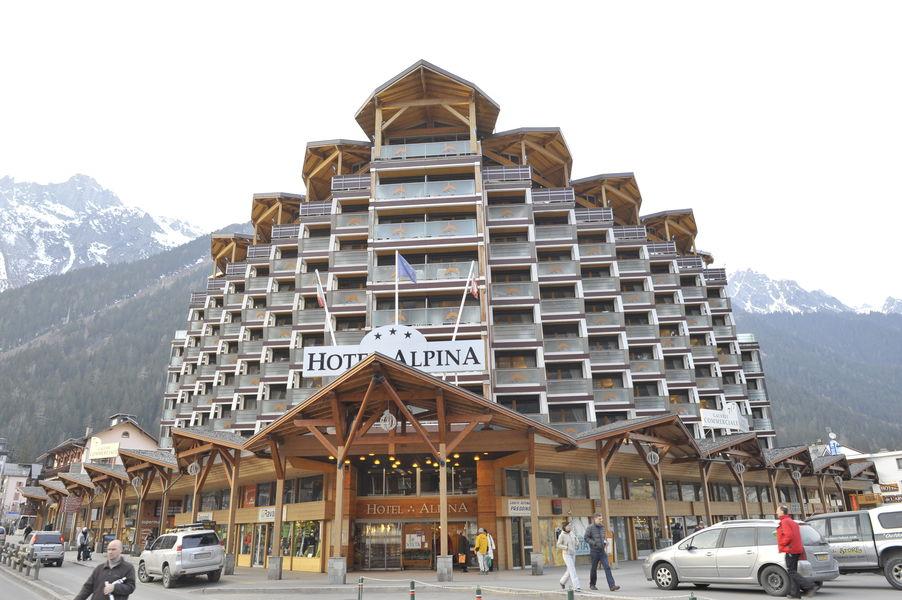 Hôtel de l'Alpina *** Façade
