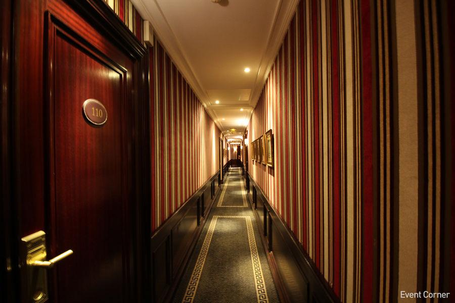 Hôtel Napoléon ***** Couloir