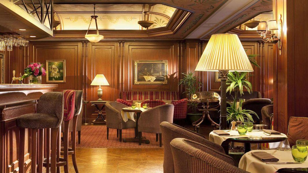 Hôtel Napoléon ***** Bivouac Café
