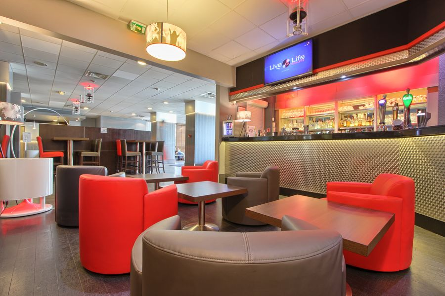 Best Western Plus Paris Orly Airport **** Bar