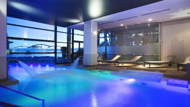 Radisson Blu 1835 Thalaso Cannes **** Piscine intérieur