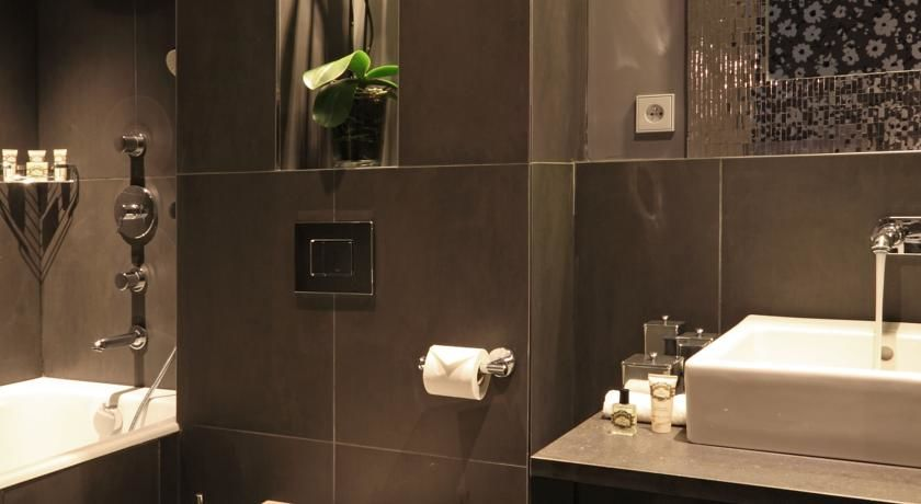 Newhotel Roblin **** 13