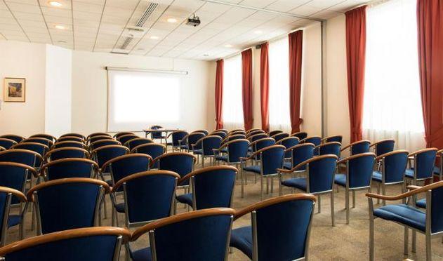 Salle séminaire  - Hôtel Best Western Plus Paris Val de Bièvre ****