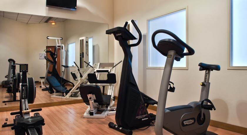 Hôtel Best Western Plus Paris Val de Bièvre **** Salle de fitness