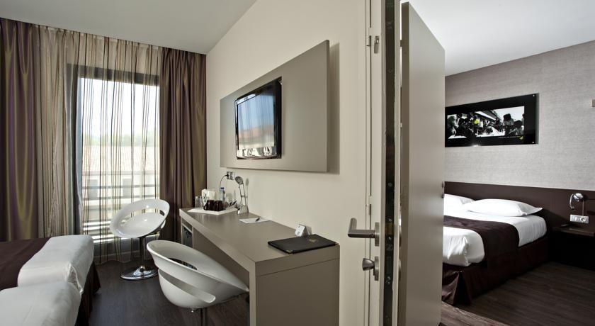 Grand Prix Hotel 3
