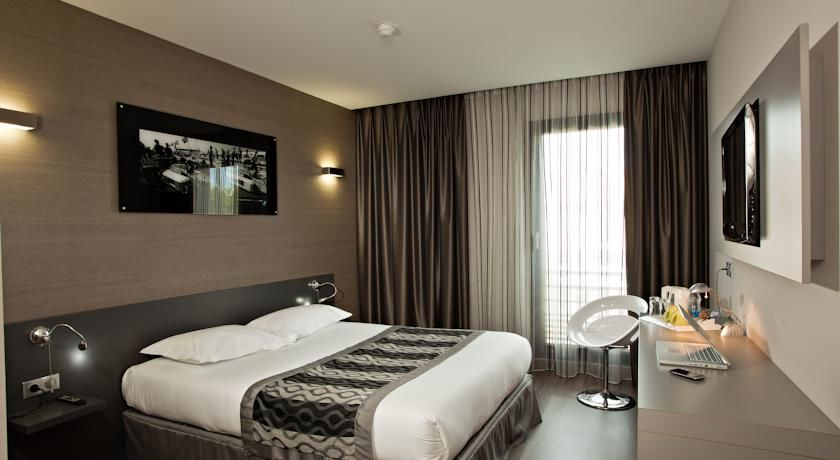 Grand Prix Hotel 5