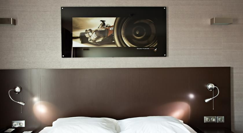 Grand Prix Hotel 14