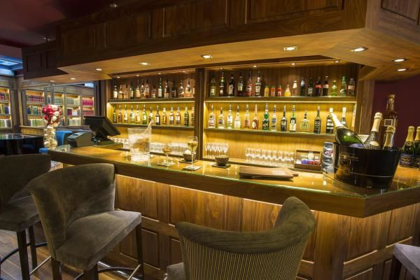 BEST WESTERN Cannes Riviera Hotel **** Bar lounge