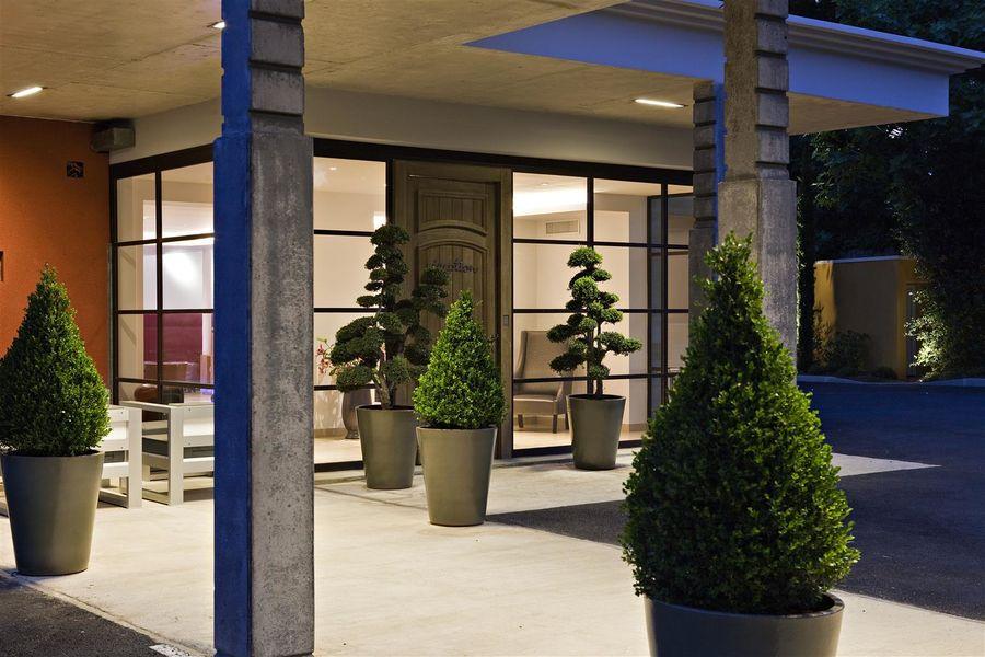 Best Western Hôtel le Lavarin **** 2