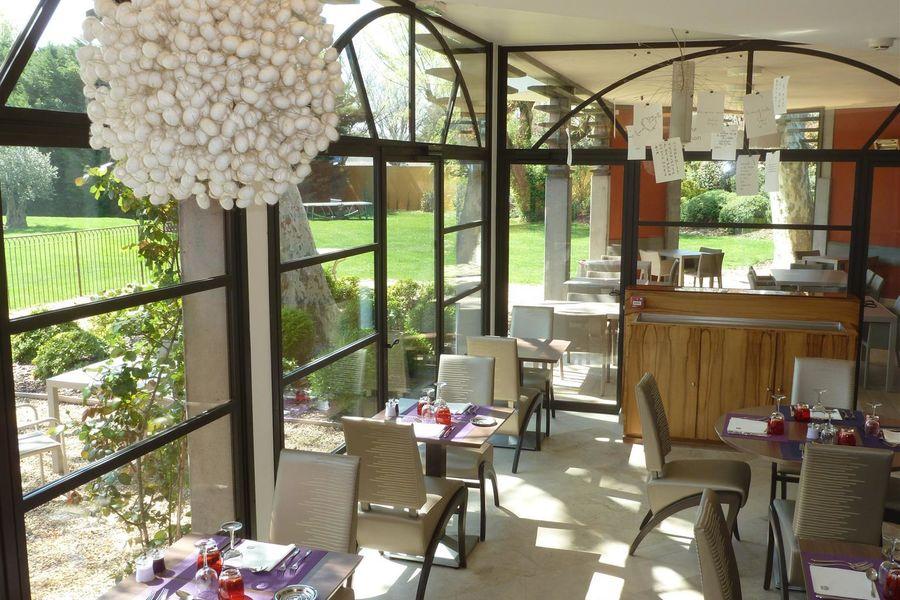 Best Western Hôtel le Lavarin **** 25