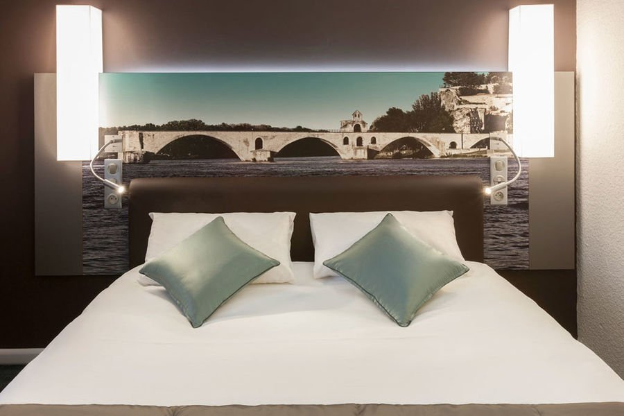 Mercure Pont d'Avignon Centre Hotel **** 8