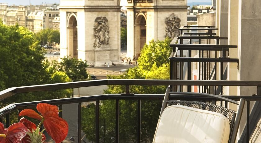Radisson Blu Hotel Champs Elysees **** 1