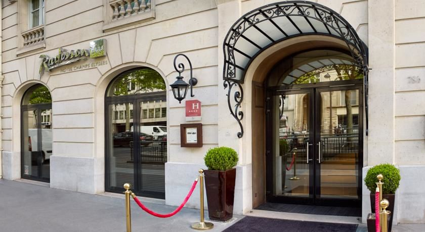 Radisson Blu Hotel Champs Elysees **** 3