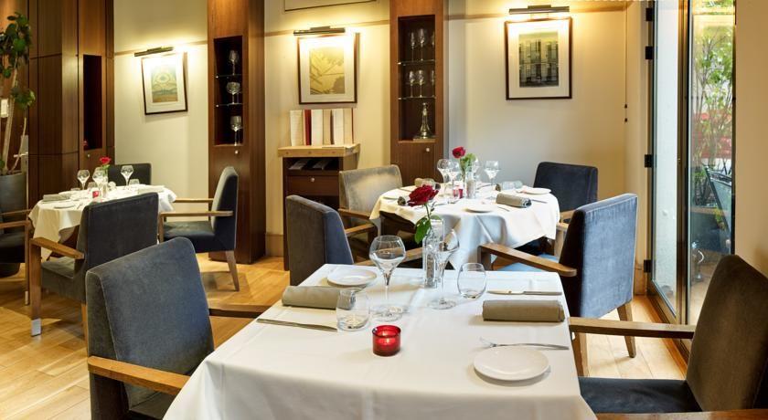 Radisson Blu Hotel Champs Elysees **** 13