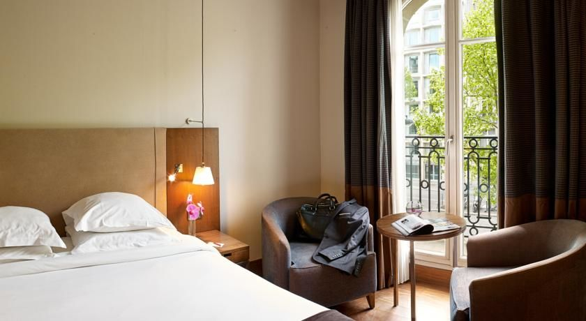 Radisson Blu Hotel Champs Elysees **** 29