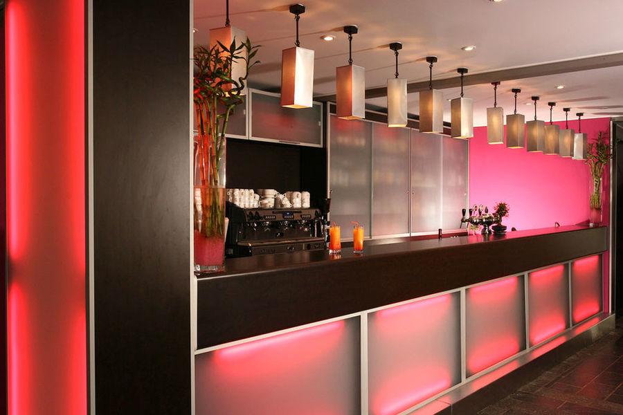 Mercure Brignoles Golf de Barbaroux Hotel *** Bar