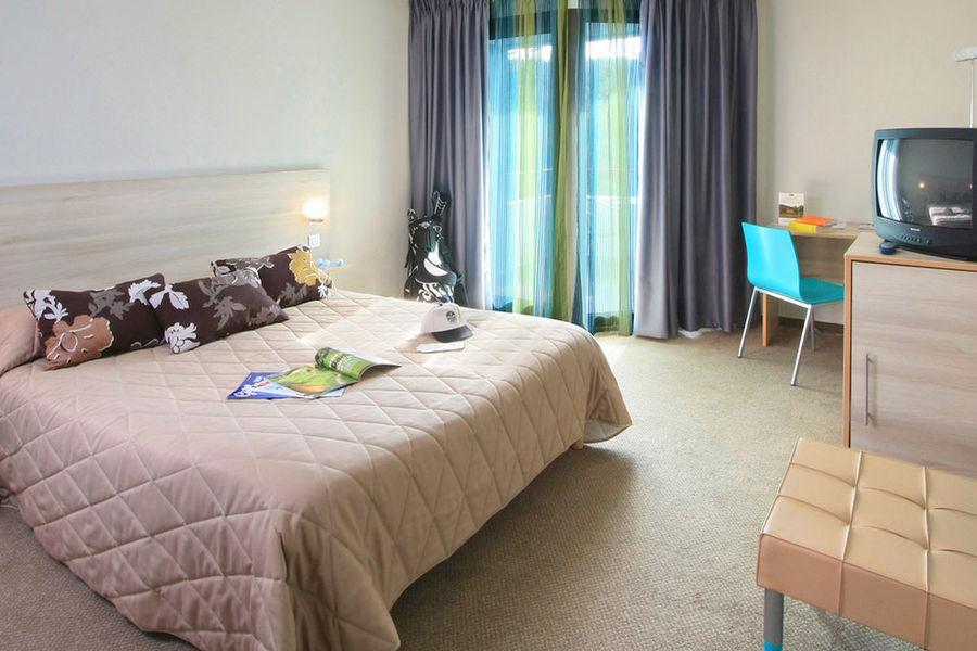 Mercure Brignoles Golf de Barbaroux Hotel *** Chambre