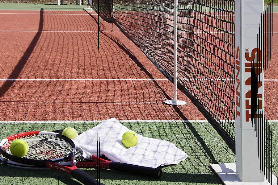 Pullman Marseille Provence **** Court de Tennis