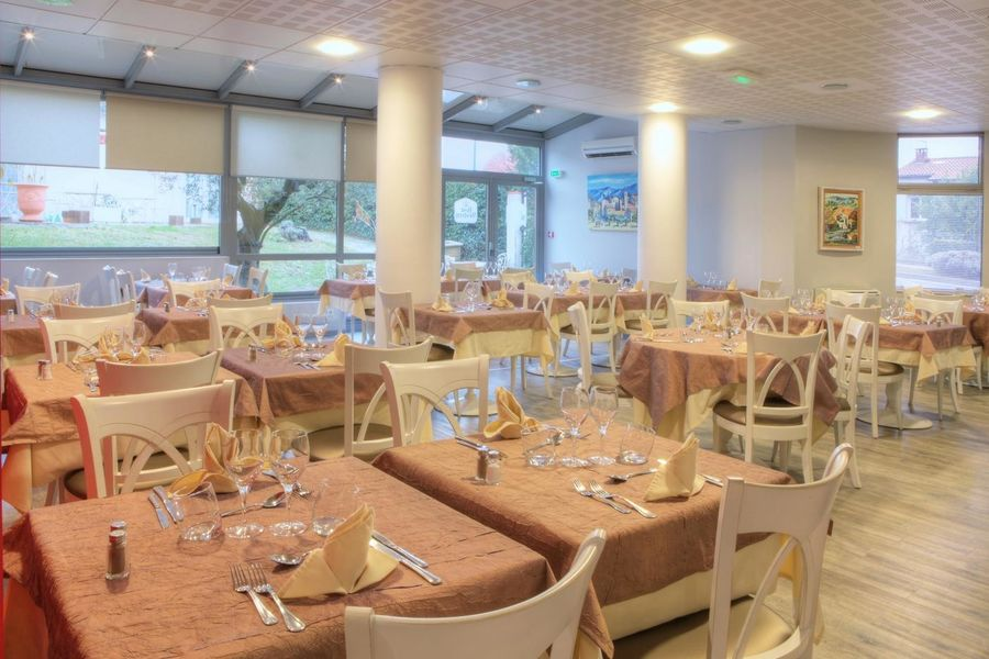 Best Western Hotel Le Sud *** 11
