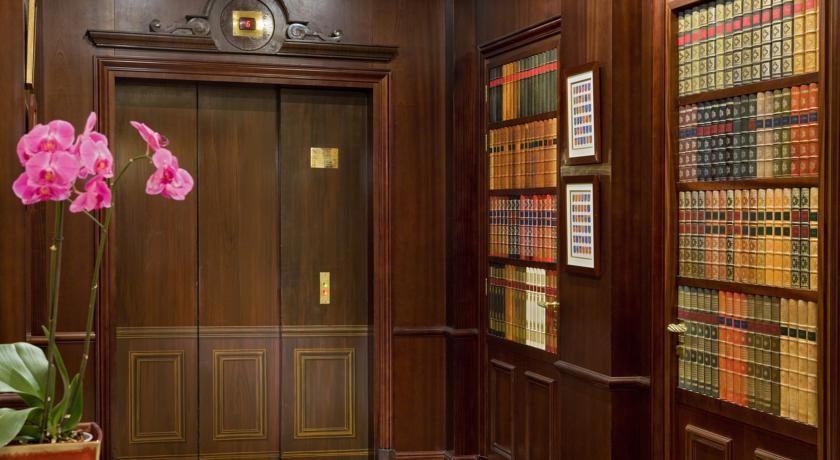 Hotel Francois 1er **** 23