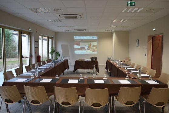 Salle séminaire  - Best Western Hôtel des Barolles Lyon Sud ***