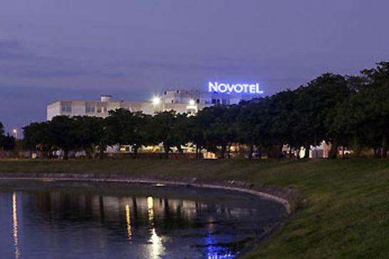 Novotel Bordeaux Le Lac **** 1