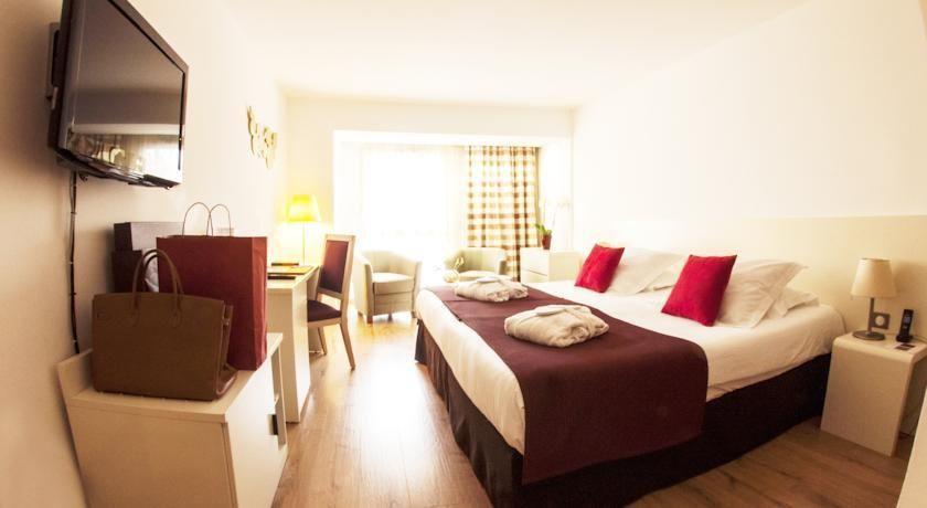 Hôtel Montaigne & Spa **** 6