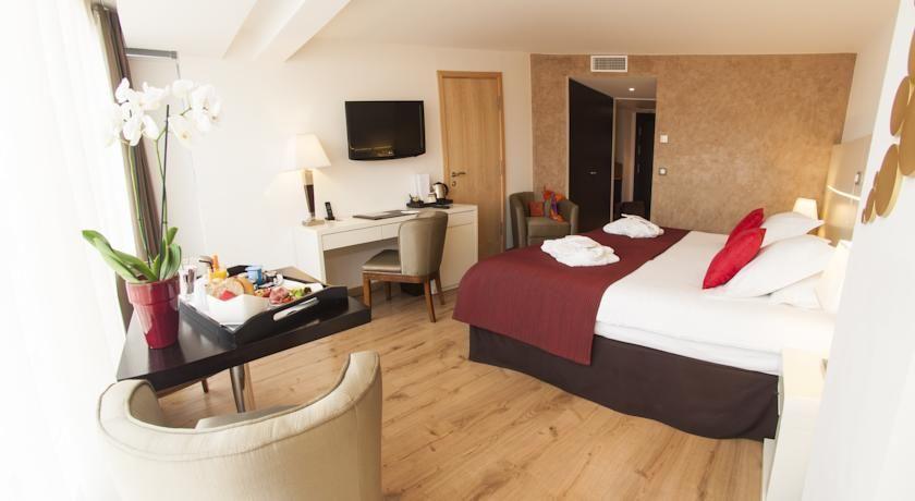Hôtel Montaigne & Spa **** 13