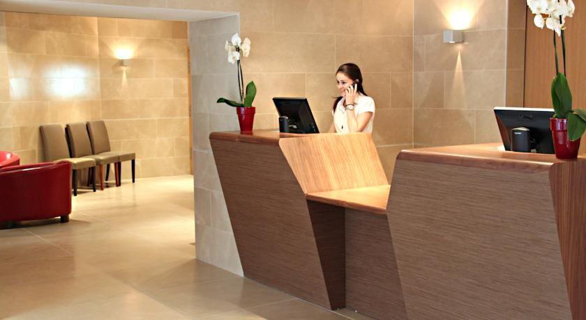 Hôtel Montaigne & Spa **** 25