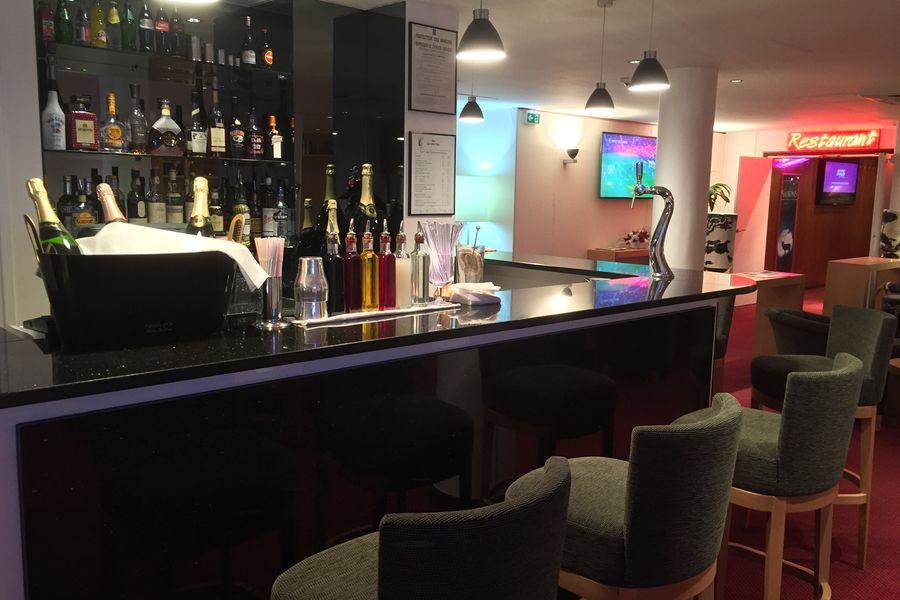 Hôtel Forest Hill Meudon Vélizy **** Bar Le Sisi