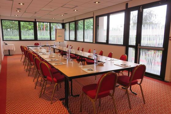 Salle séminaire  - Hôtel Forest Hill Meudon Vélizy ****