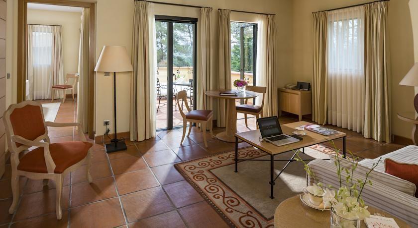 Terre Blanche Hôtel Four Season Spa Golf Resort ***** 10