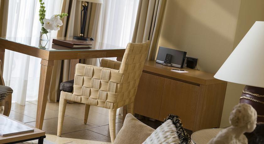 Terre Blanche Hôtel Four Season Spa Golf Resort ***** 18