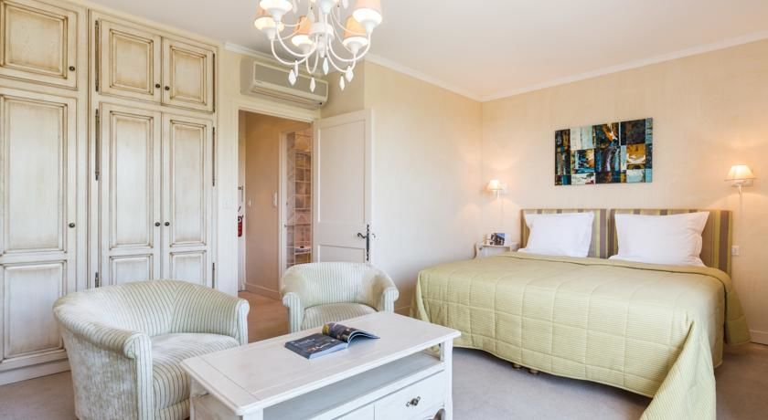 La Bastide de Tourtour Hôtel & Spa **** 22