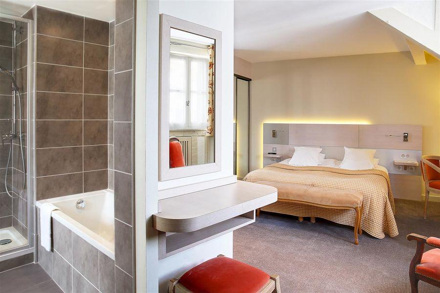 Best Western Hôtel Le Dauphin Le Spa Du Prieure **** 10