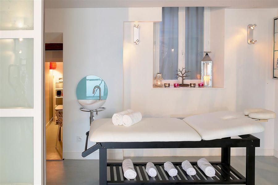Best Western Hôtel Le Dauphin Le Spa Du Prieure **** 16