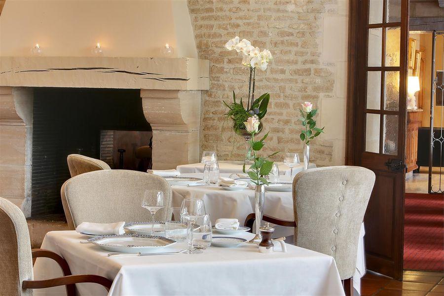 Best Western Hôtel Le Dauphin Le Spa Du Prieure **** 37
