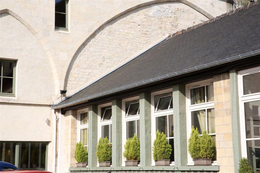 Best Western Hôtel Le Dauphin Le Spa Du Prieure **** 38