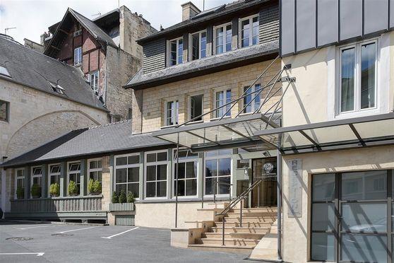 Salle séminaire  - Best Western Hôtel Le Dauphin Le Spa Du Prieure ****