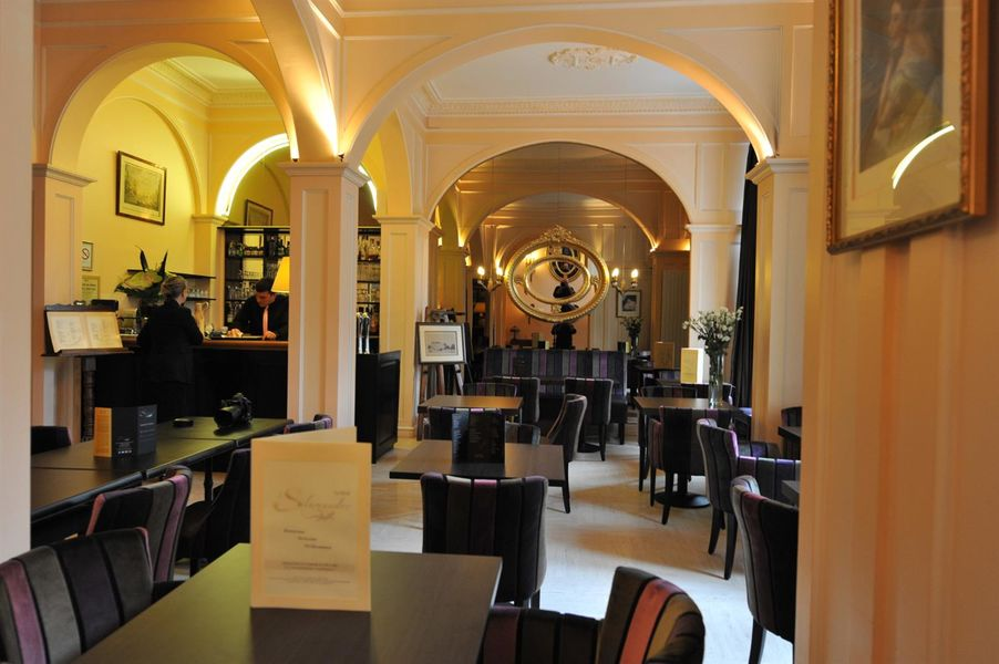 Best western Hôtel d'Anjou **** 13