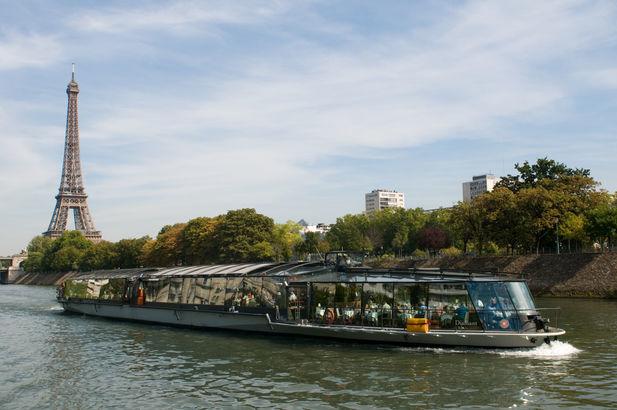 Bateaux Parisiens  12