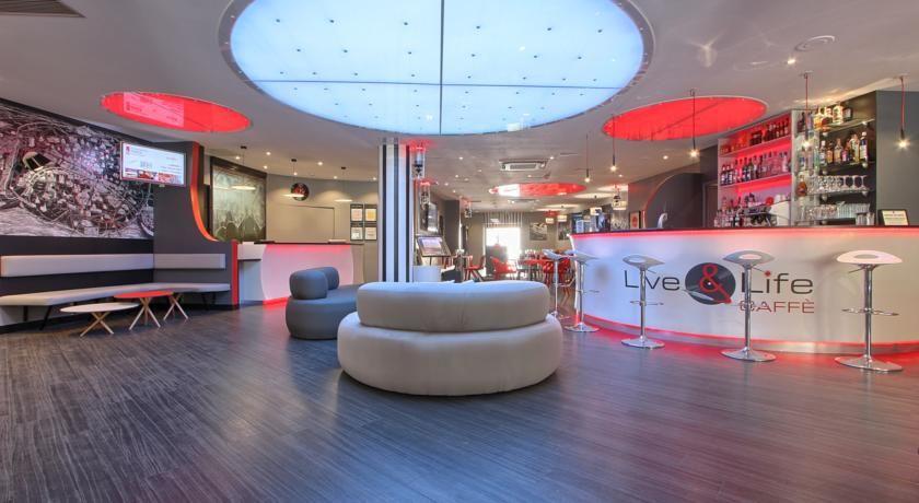 Timhotel Paris Place d'Italie 19