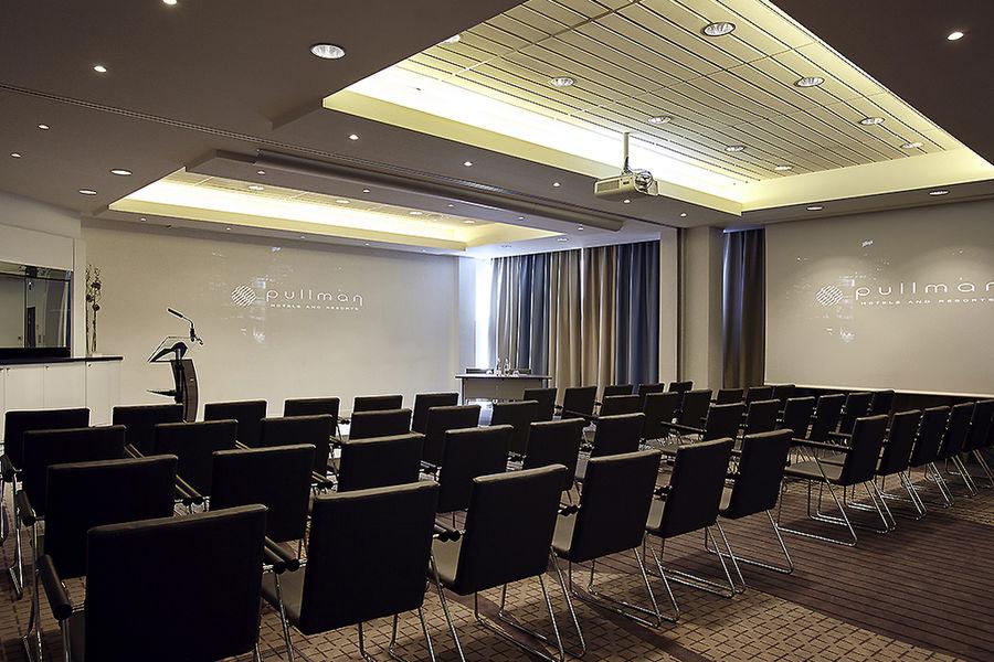 Pullman Toulouse Centre ***** Salle de séminaire