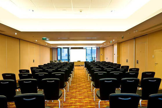 Salle séminaire  - Courtyard by Marriott Paris Saint Denis ****
