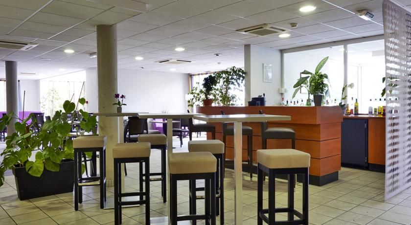 Hôtel Kyriad Clermont Ferrand Sud La Pardieu *** 33
