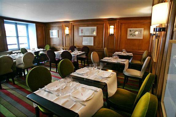 La Fontaine Gaillon Restaurant
